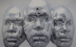 Máscaras cromadas y retratos de óleo hiperrealistas por Kip Omolade