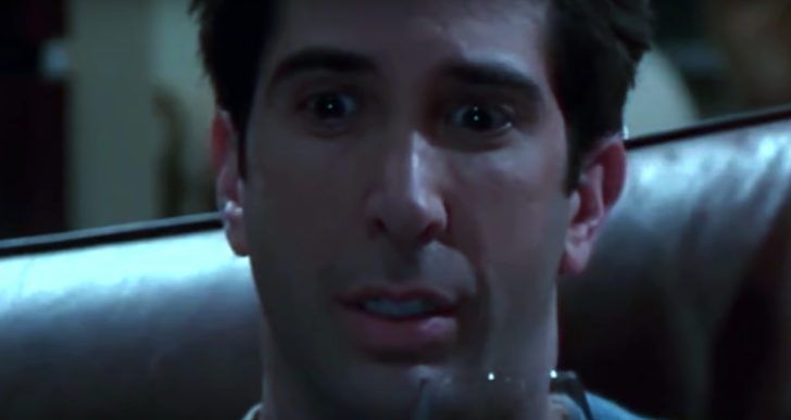 Sin saber qué pasa en su cabeza, Ross parece un psicópata