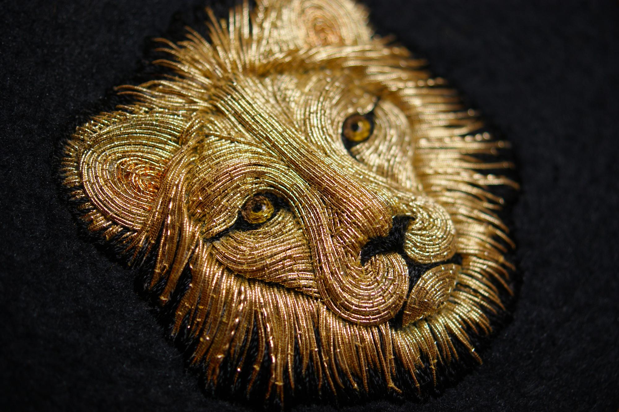 laura-lion