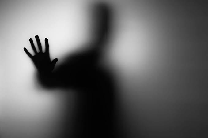 ¿Tu pareja se quiere desaparece de tu vida y te lo niega? Se llama ghostlighting