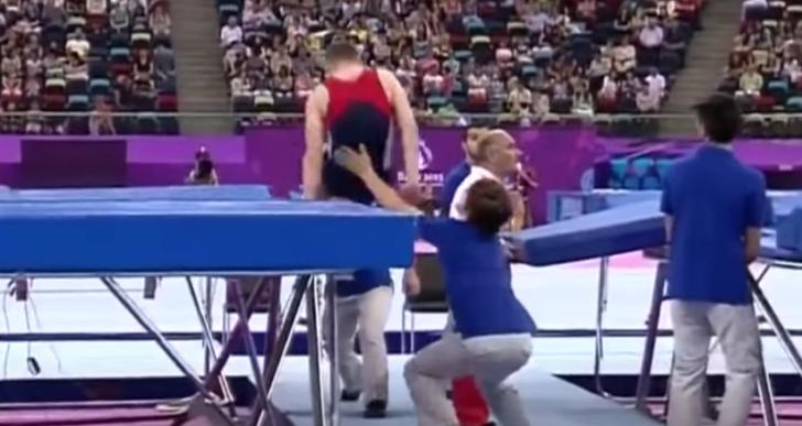 10 veces que los entrenadores salvaron a sus gimnastas