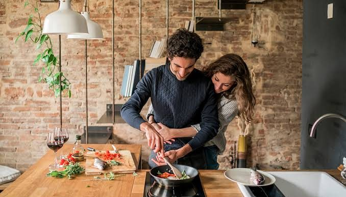 Cómo preparar una cena romántica para dos