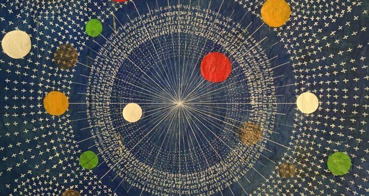 Este artista crea mapas astronómicos con líneas, puntos y círculos