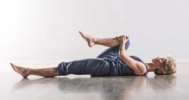 3 estiramientos para aliviar el dolor de la ciática