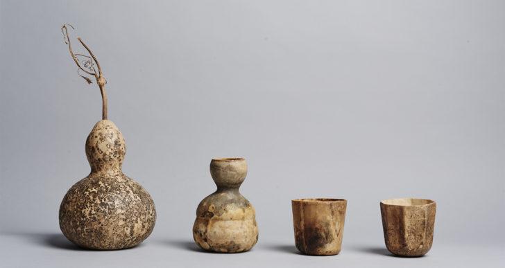 Este artista crea tazas de café desechables con calabazas secas