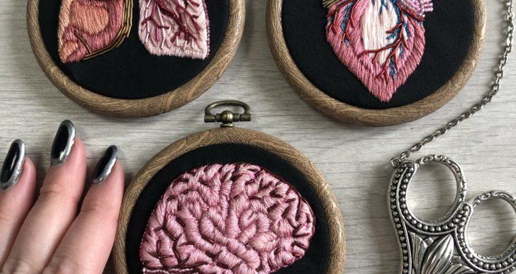 Los increíbles bordados anatómicos de Amber Griffiths