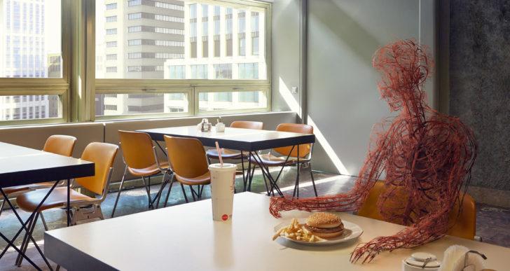 Humanos reducidos a sistemas circulatorios por Jan Kriwol