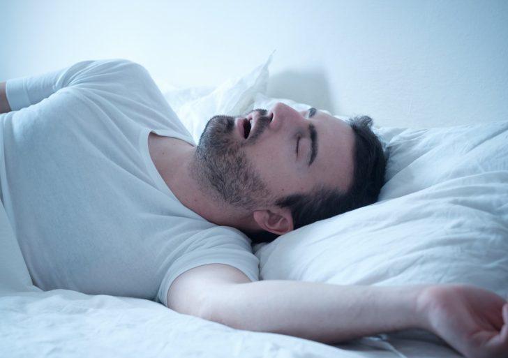 Cosas erróneas que deberías de dejar de creer sobre el sueño