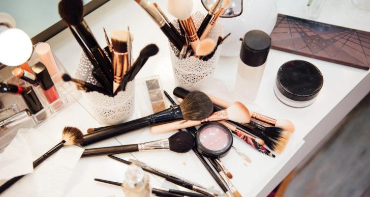 5 cosas que le pasan a tu piel tras un mes sin maquillaje