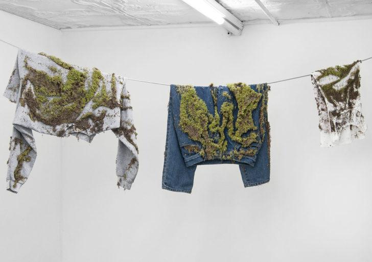 Esta artista planta semillas de chia en sus esculturas
