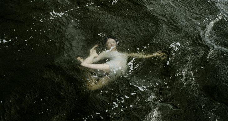 Las fotos subacuáticas de Elinleticia Högabo