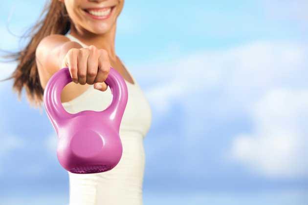 4 ejercicios para tus hombros que no te lastimarán