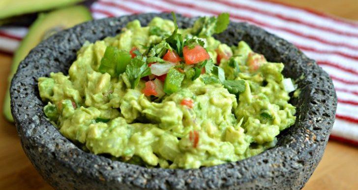 Esta es la única manera en que deberías de preparar el guacamole