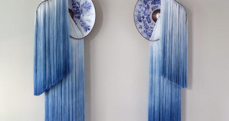 Telas suaves cuelgan de cerámicas pandeadas