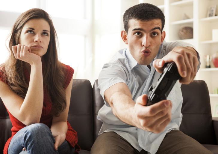 Cómo reaccionar cuando todo lo que hace tu pareja te irrita