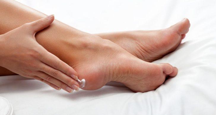 Cómo sanar esos pies secos y duros