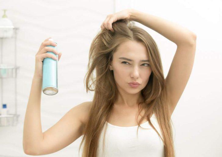 3 usos para el shampoo en seco que no conocías