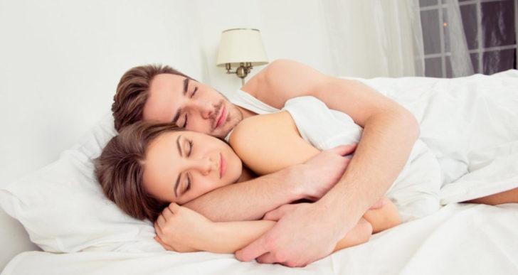 Cómo duermen juntos habla mucho de tu relación